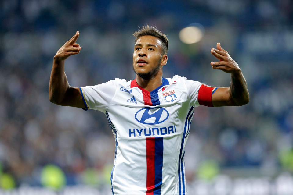 Juventus Siapkan Dana Besar Demi Boyong Gelandang Muda Lyon!