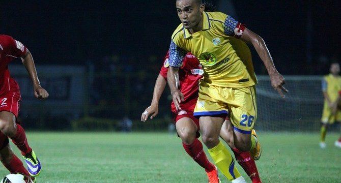 Marckho Merauje diharapkan bisa dimainkan melawan Madura United