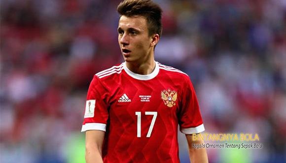 Juventus mulai terpincut dengan Pemain Rusia Aleksandr Golovin