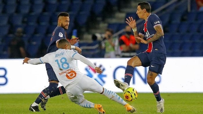 PSG vs Marseille Berjalan Panas, Angel Di Maria Dituduh Meludahi Alvaro