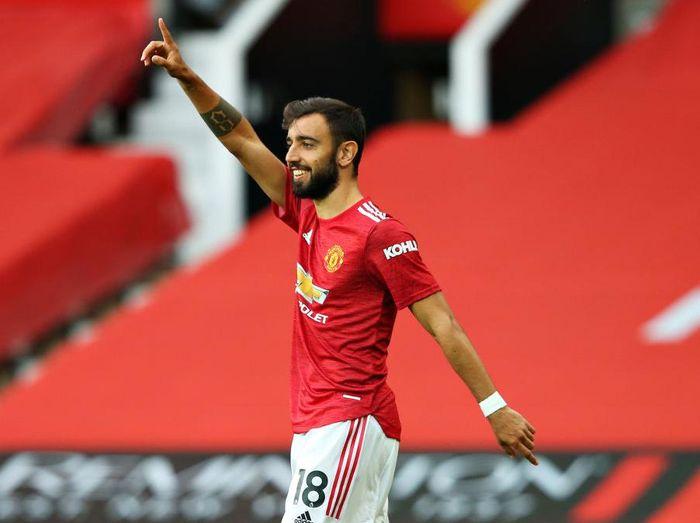 Bruno Fernandes Jadi Kapten Melawan PSG