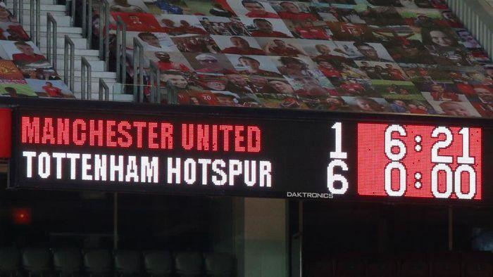Tottenham Bantai Manchester United